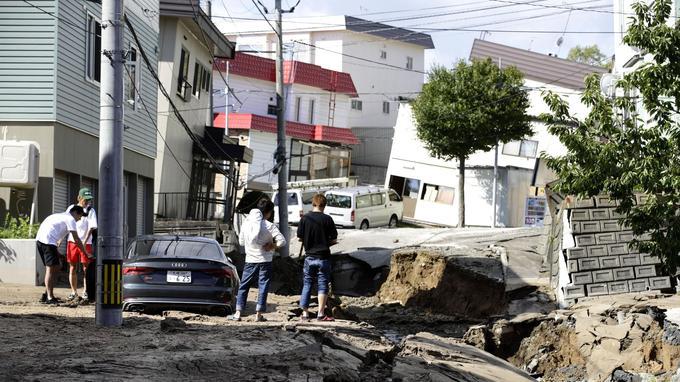 Le tremblement de terre et les coulées de boue ont détruit les infrastructures, comme ici à Sapporo, une ville du district de Hokkaido dans le nord du pays.