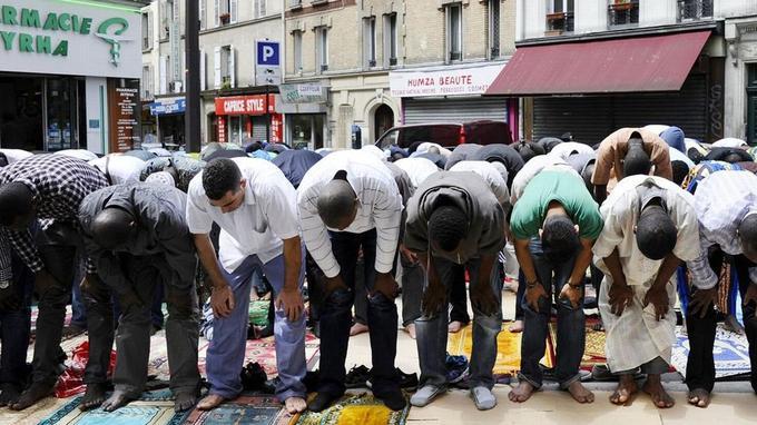 L'idéologie salafiste reste minoritaire dans l'Islam de France.