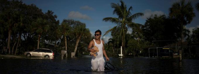 L'archipel des Keys est la plus durement touchée par Irma avec des bourrasques à plus de 215 km/h.