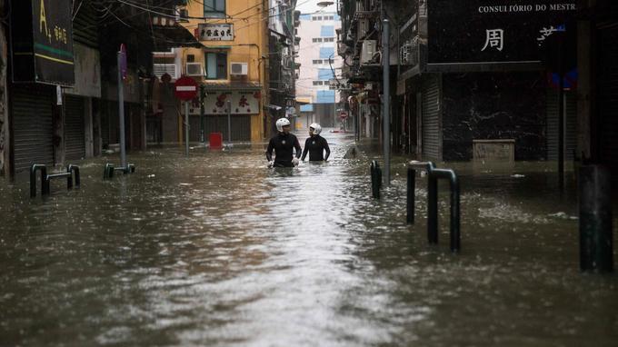 Les rues de Macao, dimanche.