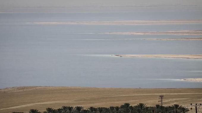 La mer Morte vue du kibboutz Ein-Gedi
