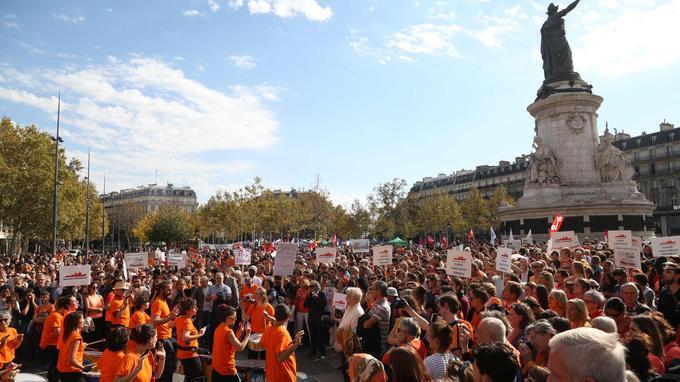 Un concert était organisé sur la place de la République à l'occasion du rassemblement.