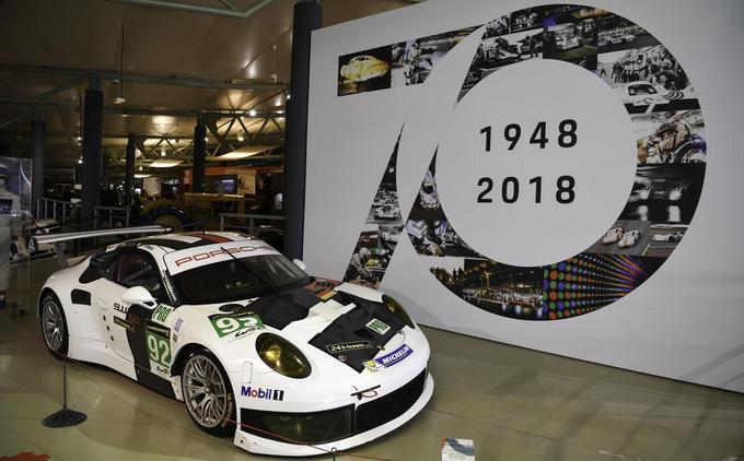 C'est un véritable écrin de 600 m² qui est consacré aux 70 ans de Porsche et à ses victoires sur le circuit de la Sarthe, jusqu'au 13 janvier 2019.