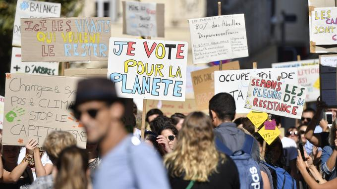 Une marche pour le climat a rassemblé des centaines de personnes — Dijon