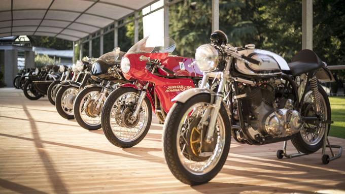 Pour la neuvième fois, les motos anciennes sont invitées au célèbre concours d'élégance de la Villa d'Este, qui fête son 90ème anniversaire.