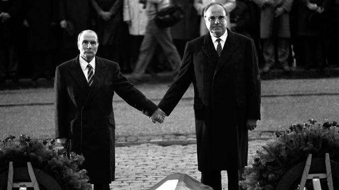 Les présidents français et allemands commémorent les 70 ans de la Première Guerre mondiale, à Verdun.