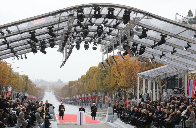 Emmanuel Macron devant les dirigeants mondiaux à Paris, le 11 novembre 2018.