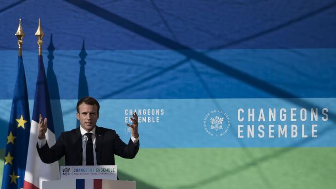 Le chef de l'État n'entend pas toucher à la trajectoire ascendante de la taxe carbone.
