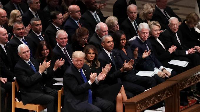 Les Trump étaient assis sur le même banc d'église que les Carter, les Clinton et les Obama mercredi aux funérailles de George H. W. Bush à la cathédrale de Washington.