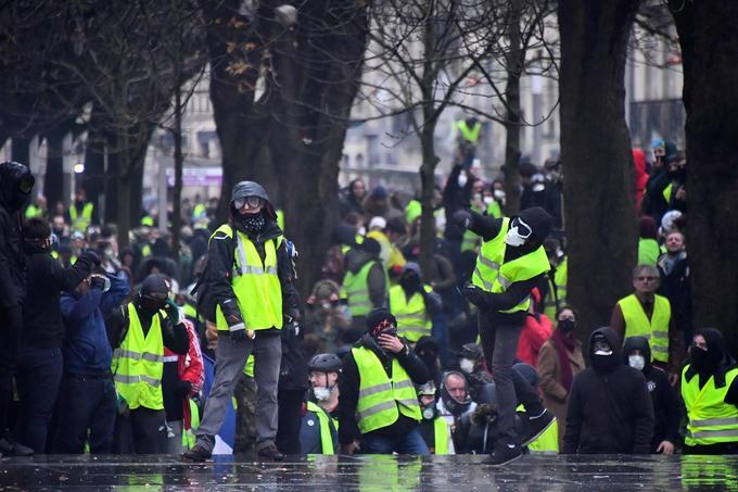 À Bordeaux, quelques heurts ont eu lieu dans l'après-midi ce samedi.