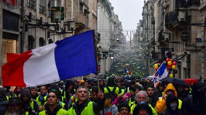 À Bordeaux, il y avait plus de 4000 manifestants ce samedi.