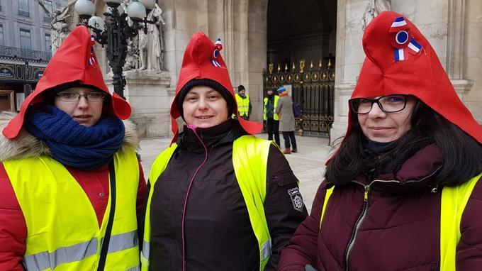 Cécile, Isabelle et Vanessa viennent pour le cinquième samedi de suite. Ils vivent en Ile-de-France.