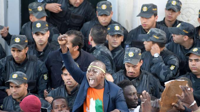 Des Ivoiriens ont dénoncé le racisme à l'encontre de leur communauté en Tunisie.