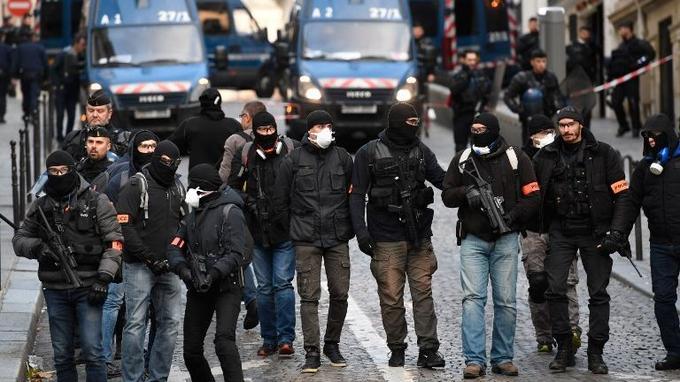 Le 8 décembre dernier sur les Champs-Élysées à Paris.