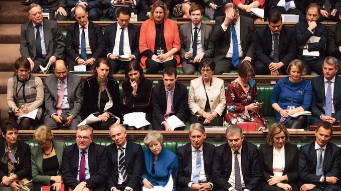Cela va faire plus de deux ans que Londres est profondément divisé sur le rôle que doit adopter le Royaume-Uni en Europe.