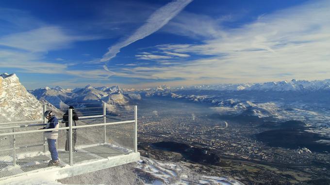 Aux pieds de la passerelle, Grenoble.