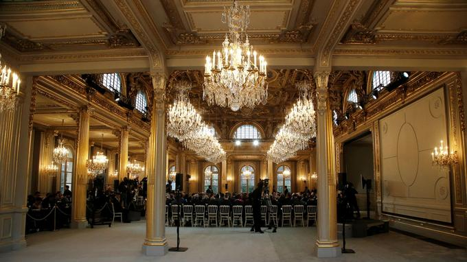 La salle des fêtes, lors du grand débat national, vendredi 1er février. Reuters.