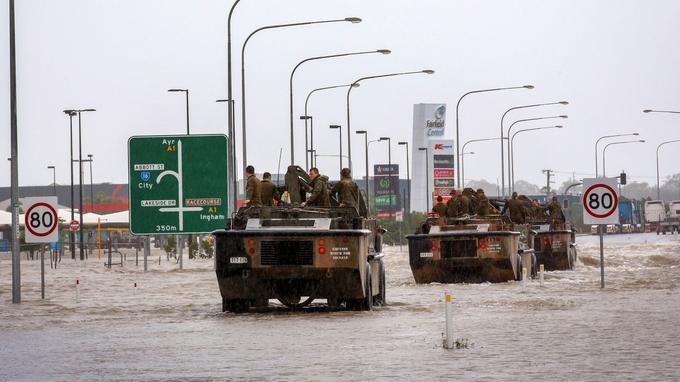 L'armée dans les rues de Townsville.
