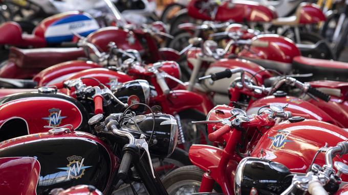 Avec Ducati, MV représente la quintessence de la moto italienne et de son originalité.
