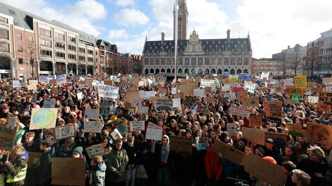 Près de 5000 jeunes rassemblés à Bruxelles, ce jeudi.