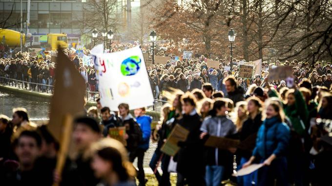 Plusieurs milliers de personnes rassemblées à La Haye.