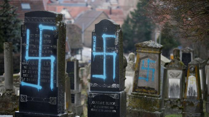 «environ 80 sépultures» d'un cimetière juif profanées à Quatzenheim