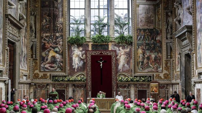 Le Pape a présidé la messe dans la salle royale du Palais apostolique, dimanche matin, avant de conclure le sommet par un discours.