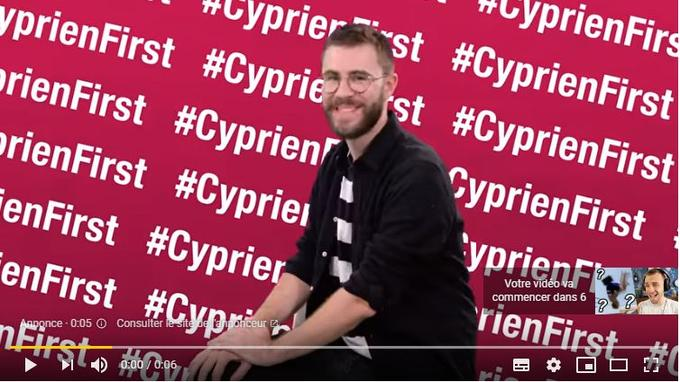 La première fois que l'internaute regarde la vidéo de Squeezie «Les sports improbables», il découvre aussi celle de Cyprien.