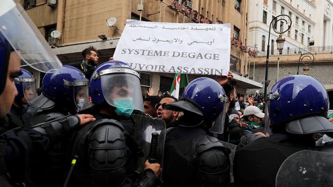 Vendredi 8 mars à Alger.