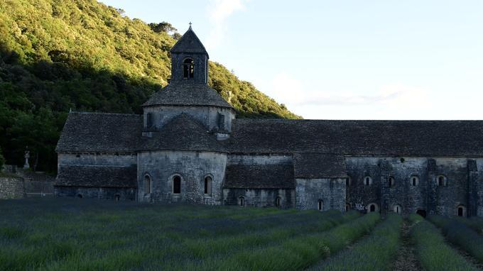 Les travaux de l'abbaye de Sénanque, dans le Vaucluse, représentent 1,2 million d'euros.