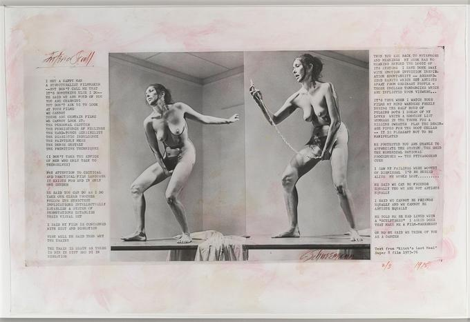 Carolee Schneemann, «Interior Scroll», 1975, gelatin silver print and type on paper on board. Photo credit Anthony McCall (23.18 x 44.45 cm). Courtesy of the Estate of Carolee Schneemann, Galerie Lelong & Co., Hales Gallery, <br/>and P•P•O•W, New York © Carolee Schneemann.