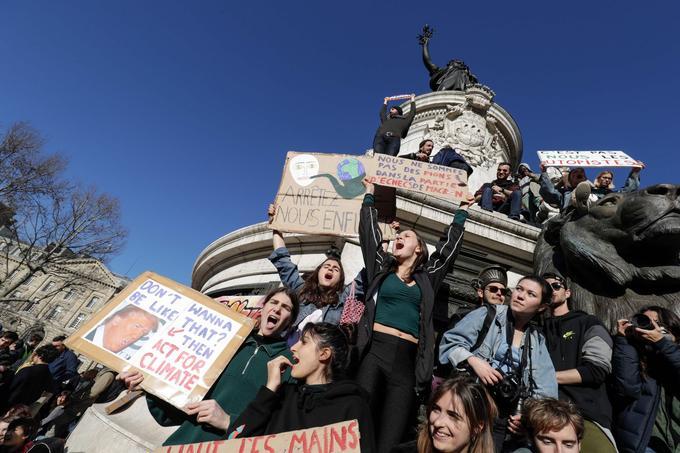 Les jeunes, déjà mobilisés la veille, étaient particulièrement nombreux à Paris pour cette Marche du siècle.