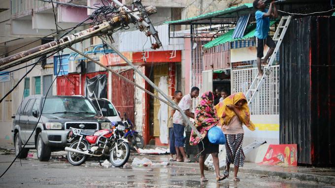 Pas moins de 90% de cette ville, la deuxième du pays, et de ses environs ont été «endommagés ou détruits», selon un communiqué publié lundi par la Fédération internationale de la Croix-Rouge et du Croissant-Rouge (FICR).