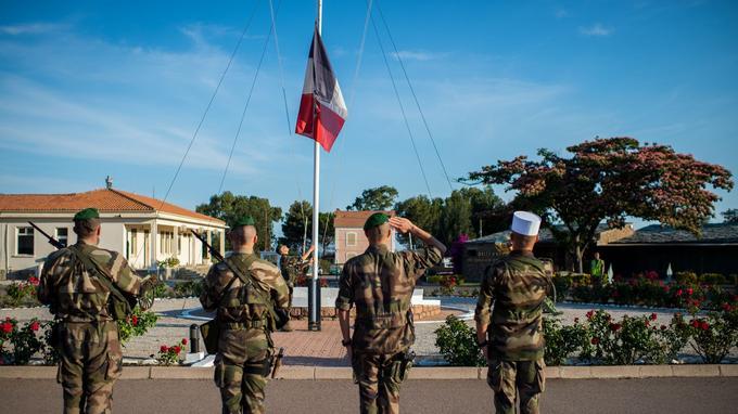 Le camp Raffalli à Calvi, où est stationné le 2e régiment étranger de parachutistes. Le capitaine Bouquin y commande la 1re compagnie.