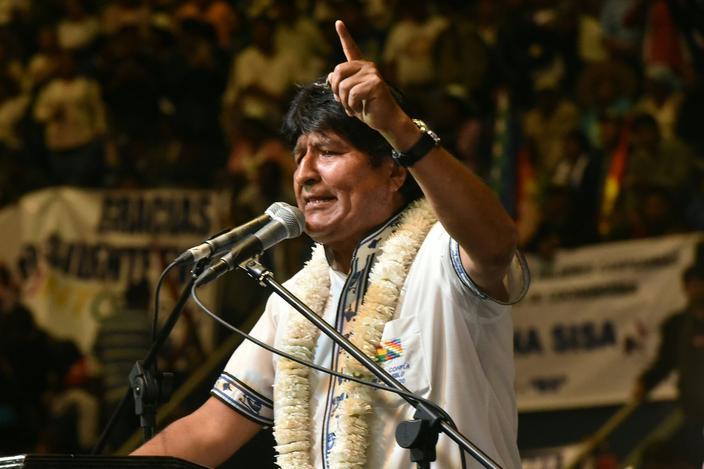 La Constitution bolivarienne a été modifiée pour permettre à Morales de briguer un quatrième mandat.