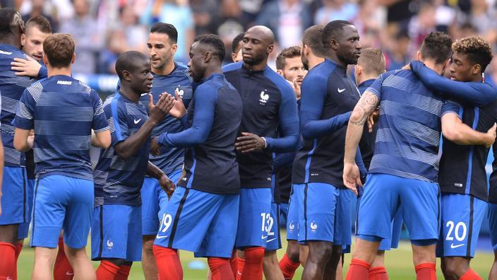 Euro De France Lisent 2016Que Les Joueurs L'équipe xCBoed
