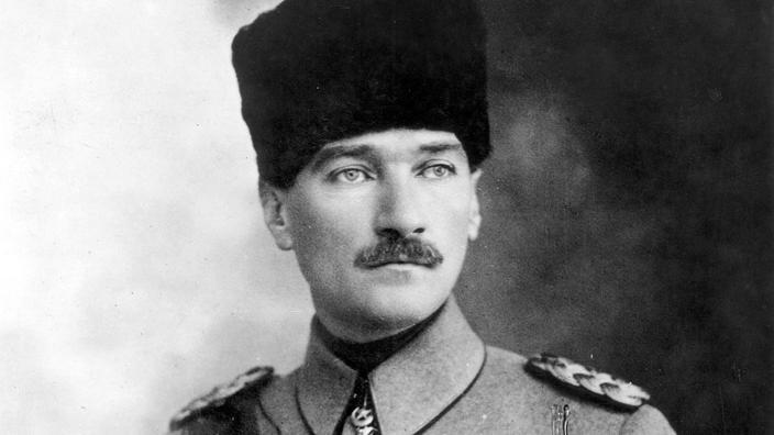 Mustafa Kemal Atatürk proclamait la République turque il y a 95 ans