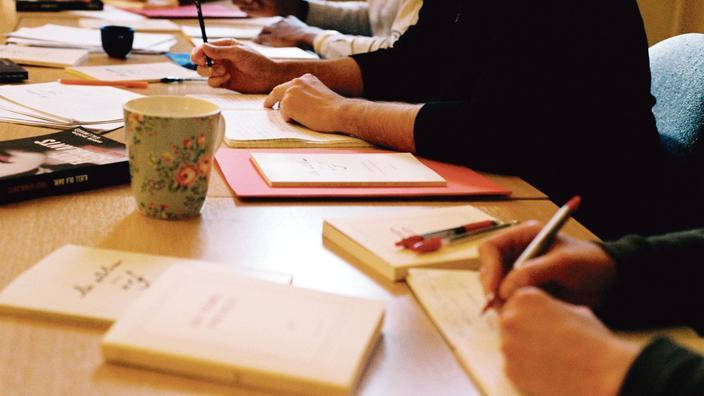 Peut-on apprendre à écrire un roman?