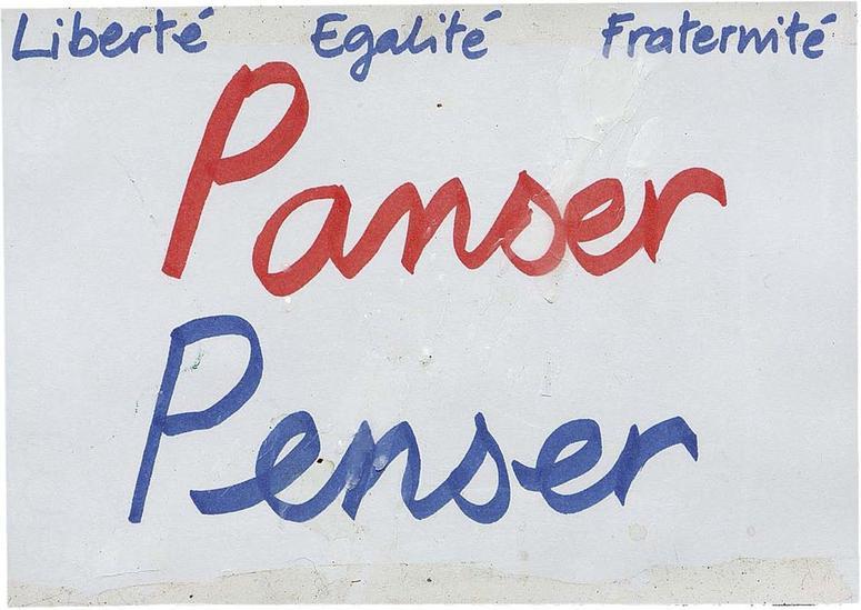 Je jeu de mots avec les homonymes «Panser, Penser» a lui aussi été déposé devant le Bataclan.