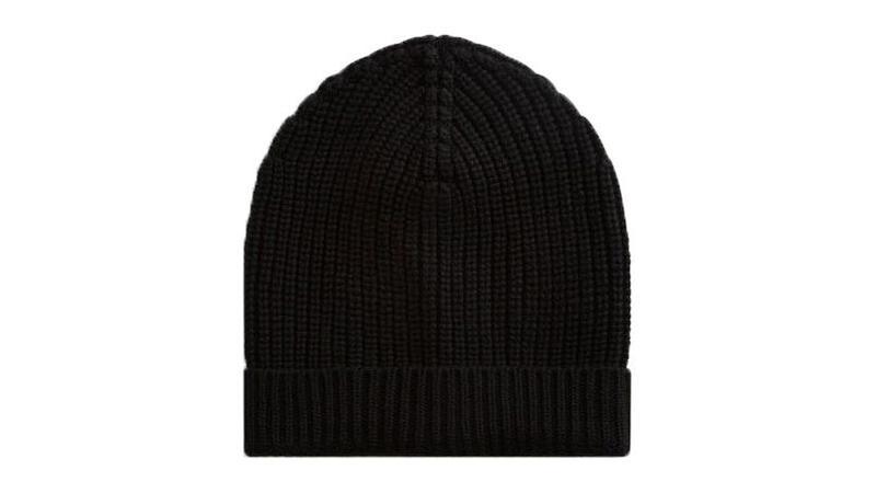 aab93bd205ae 10 bonnets pour garder sa tête bien au chaud cet hiver