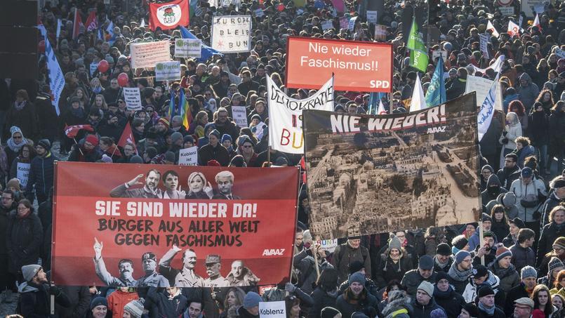 Manifestations contre la réunion des nationalistes européens à Coblence