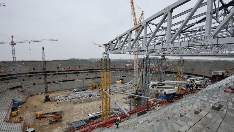 Le chantier du Grand Stade de Lyon en janvier.