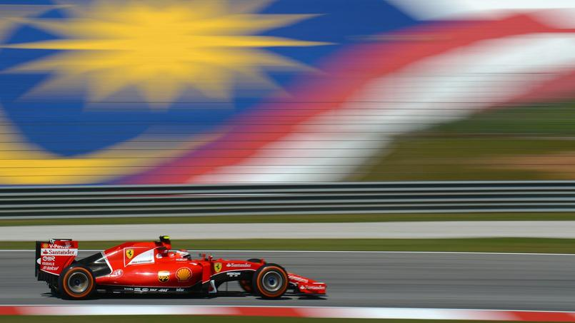 Kimi Räikkönen au volant de la Ferrari lors des essais libres du Grand Prix de Malaisie.