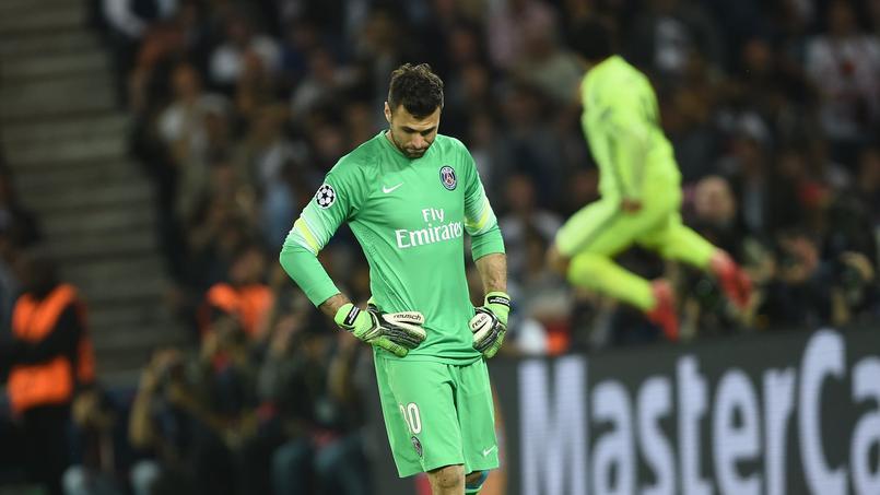 La déception de Salvatore Sirigu lors de PSG-Barcelone.