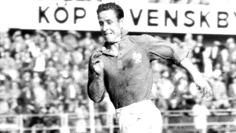Raymond Kopa avait qualifié les joueurs de football d'esclaves en 1963.