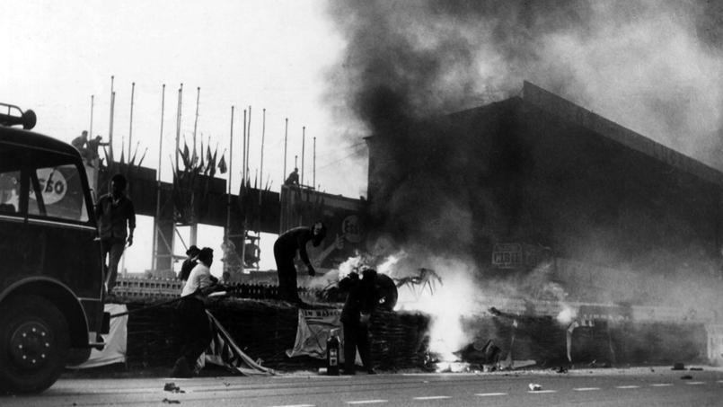 24 heures du mans 1955 l 39 accident le plus tragique de l 39 histoire du sport automobile. Black Bedroom Furniture Sets. Home Design Ideas