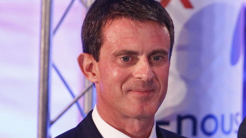 Manuel Valls, vendredi au siège du CNOSF.