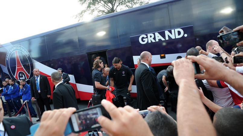 Bijou de technologie, le bus du PSG vaut 750.000 euros