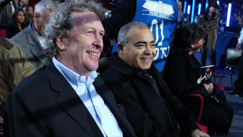Louis Acariès en 2005 aux côtés de Robert Louis-Dreyfus au premier plan.