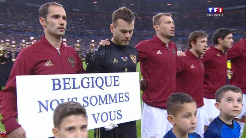 Le message de soutien de la Russie à la Belgique au Stade de France
